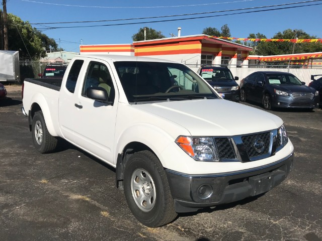 2007 Nissan Frontier LE King Cab 2WD