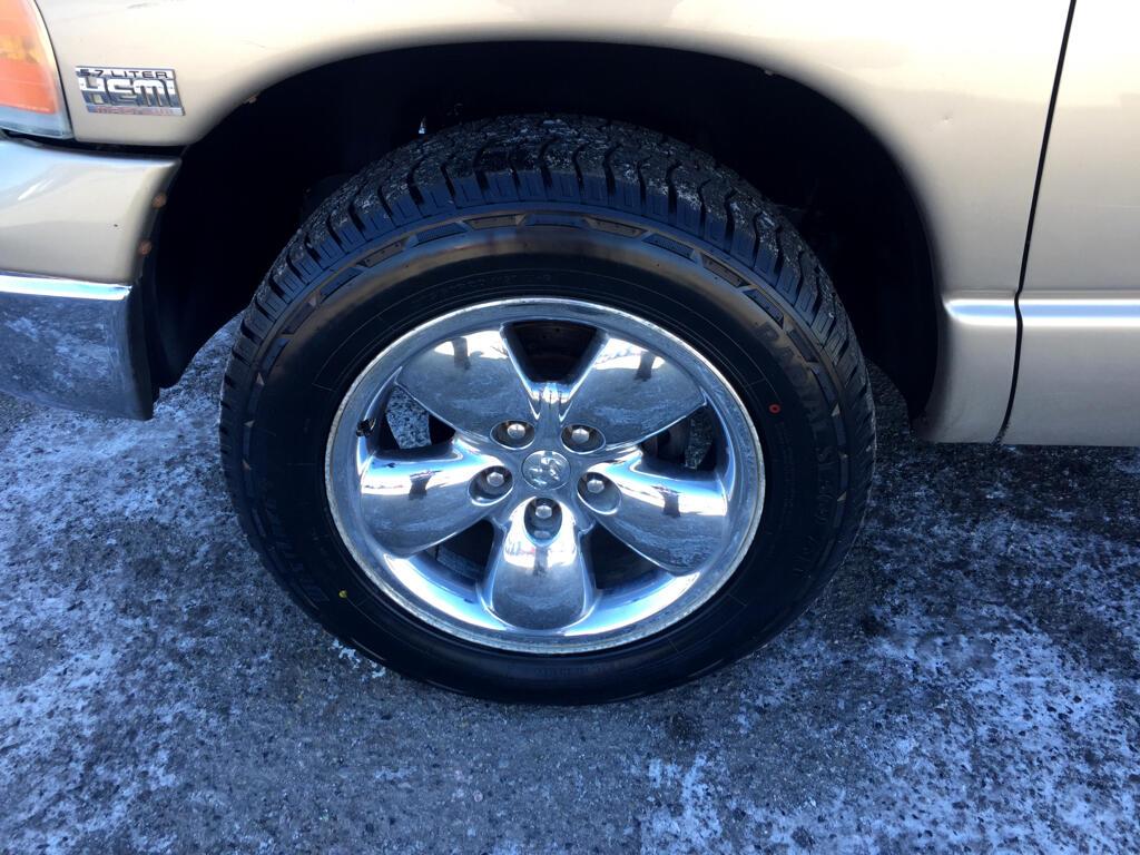 Dodge Ram 1500 ST Quad Cab 4WD 2004