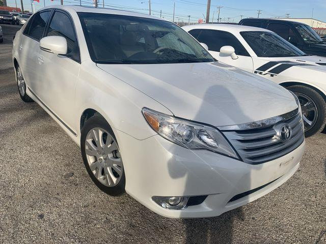 2011 Toyota Avalon Sedan 4D