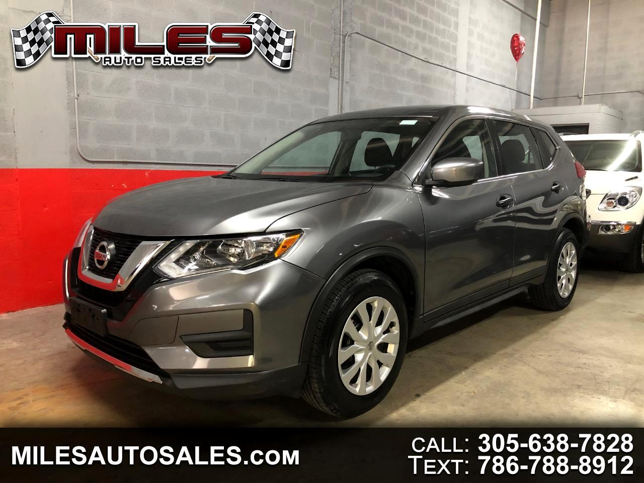 2017232 Nissan Rogue FWD S