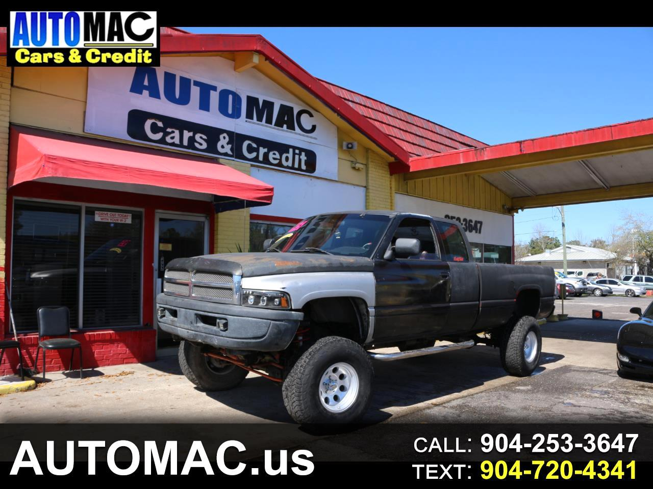 Dodge Ram 1500 ST Club Cab 6.5-ft. Bed 4WD 1995