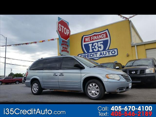 2006 Chrysler Town & Country Limited 405-591-2214 CALL NOW or TEXT Below 24/7