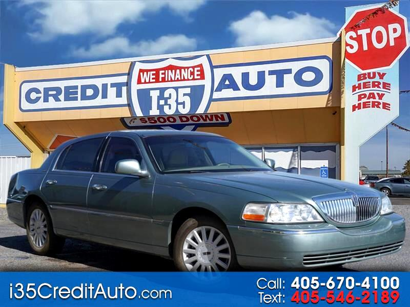 2005 Lincoln Town Car Signature 405-591-2214 CALL NOW or TEXT Below 24/7