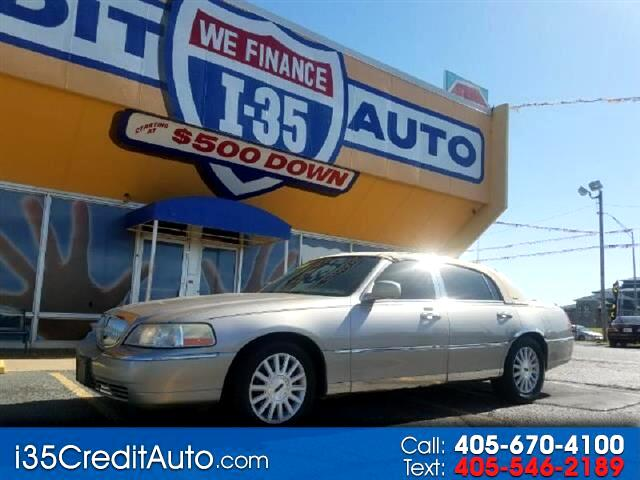 2003 Lincoln Town Car Signature 405-591-2214 CALL NOW--TEXT Below 24/7