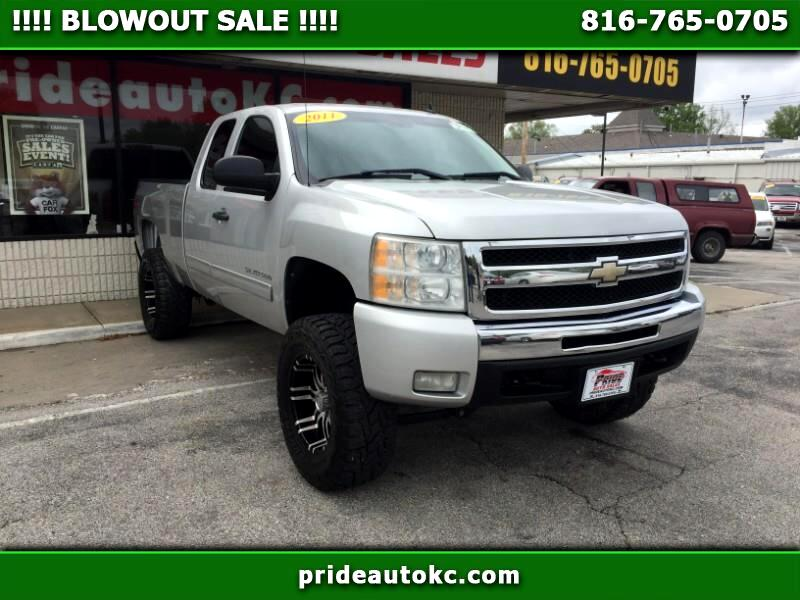 Chevrolet Silverado 1500 LT Ext. Cab Long Box 4WD 2011