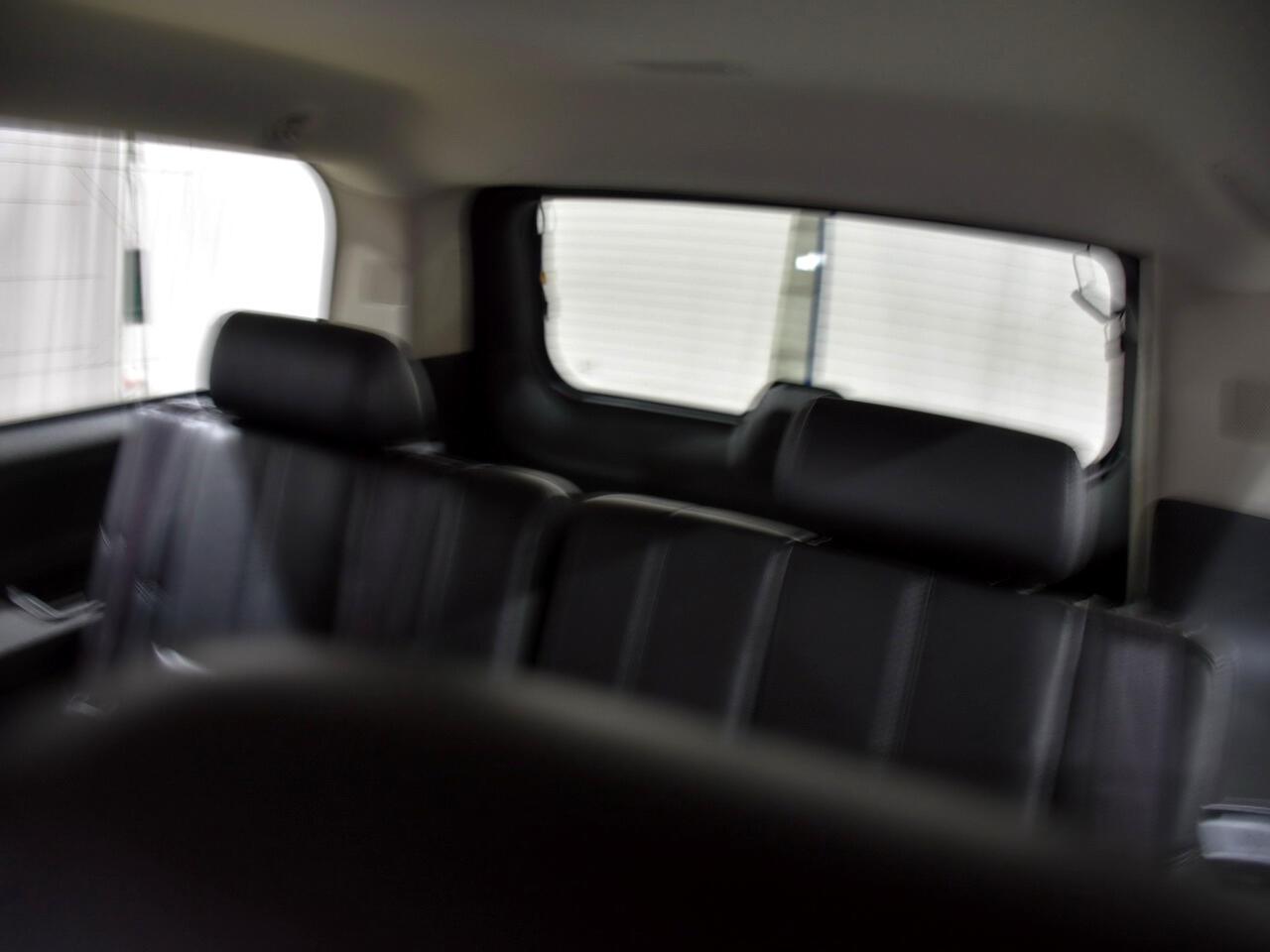 Chevrolet Suburban LT 1500 4WD 2014