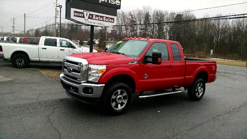"2012 Ford Super Duty F-350 SRW 4WD SuperCab 142"" Lariat"