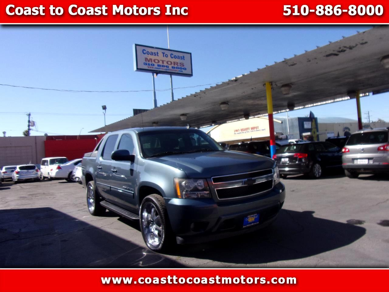 Chevrolet Avalanche LS 2WD 2011