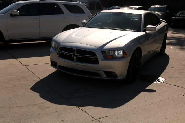 2012 Dodge Charger 4dr Sdn SXT Plus RWD
