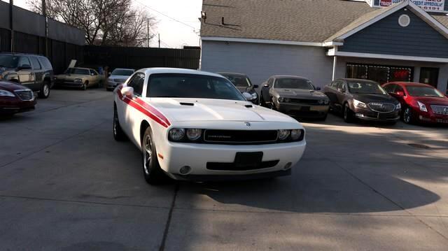 Dodge Challenger 2dr Cpe SE 2010
