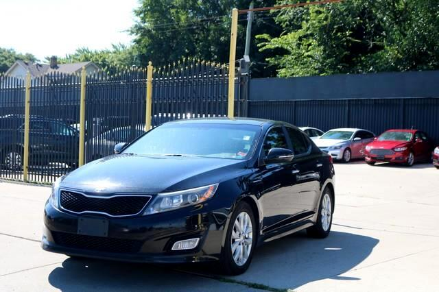 Kia Optima 4dr Sdn LX 2015