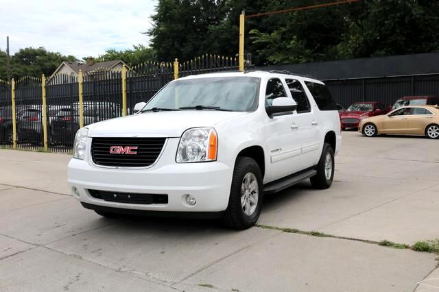 GMC Yukon XL 4WD 4dr SLT 2014