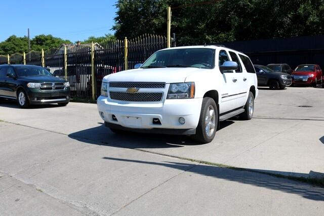 Chevrolet Suburban 4WD 4dr 1500 LTZ 2012