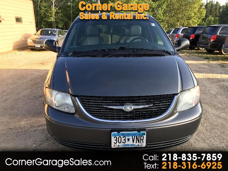 Chrysler Town & Country 4dr Touring FWD 2004