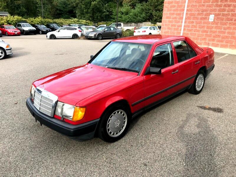 1986 Mercedes-Benz 300 E
