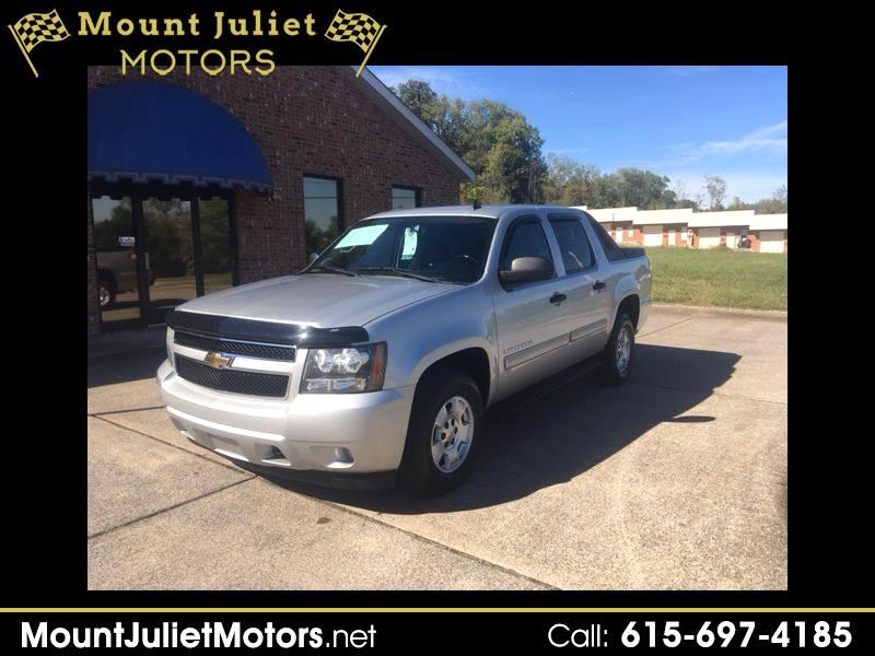 2010 Chevrolet Avalanche 4WD Crew Cab LS