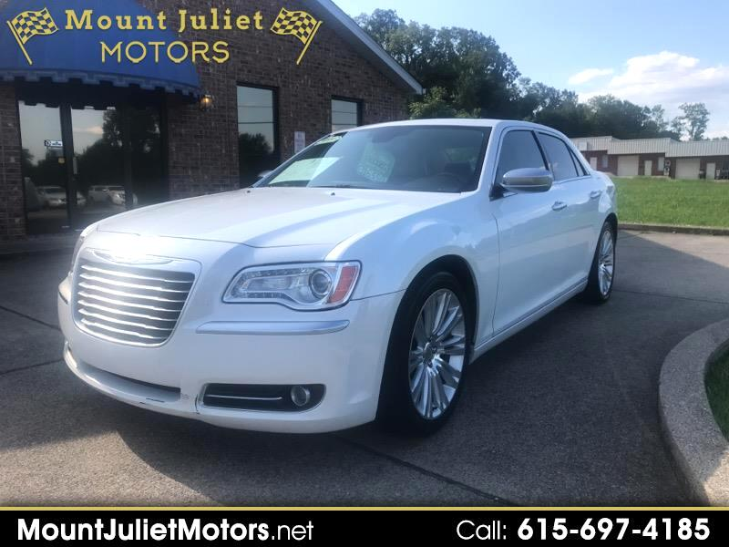 2012 Chrysler 300 4dr Sdn V8 300C Luxury Series RWD