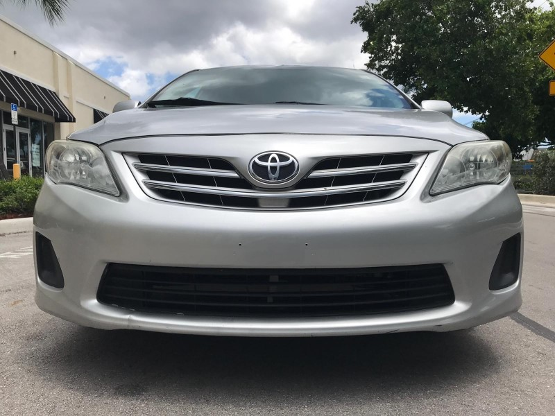 2013 Toyota Corolla LE 4-Speed AT