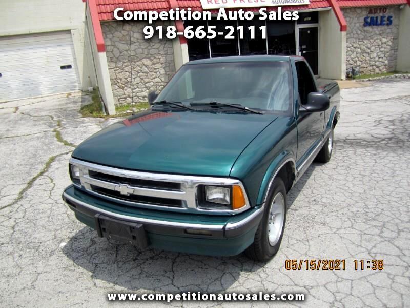 Chevrolet S10 Pickup LS Reg. Cab Sportside 2WD 1997