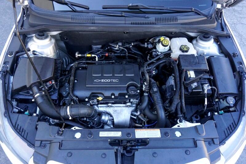 2013 Chevrolet Cruze 4dr Sdn LTZ