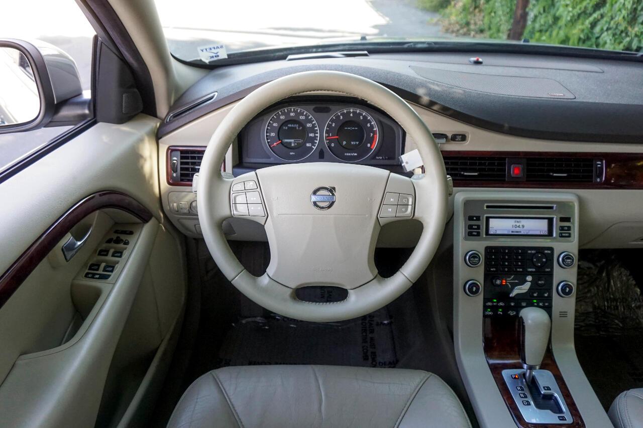 2008 Volvo XC70 4dr Wgn