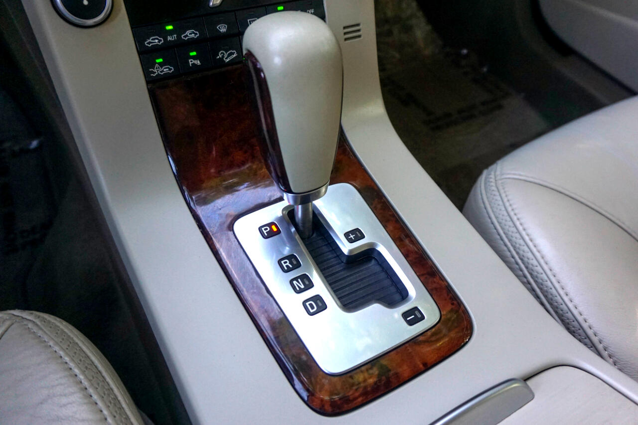 Volvo XC70 4dr Wgn 2008