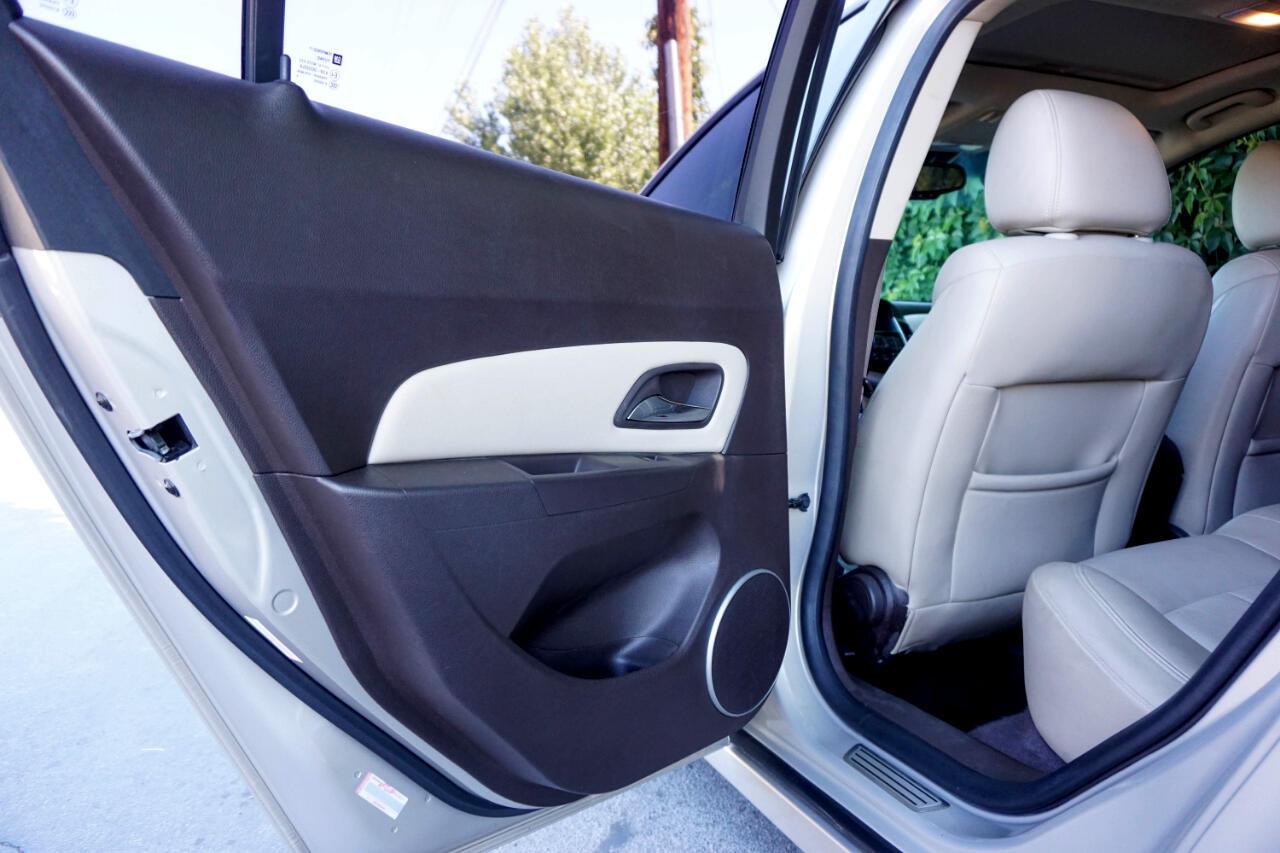 Chevrolet Cruze 4dr Sdn LTZ 2011