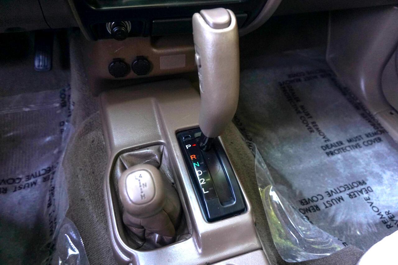 Toyota Tacoma DoubleCab V6 Auto 4WD (Natl) 2004