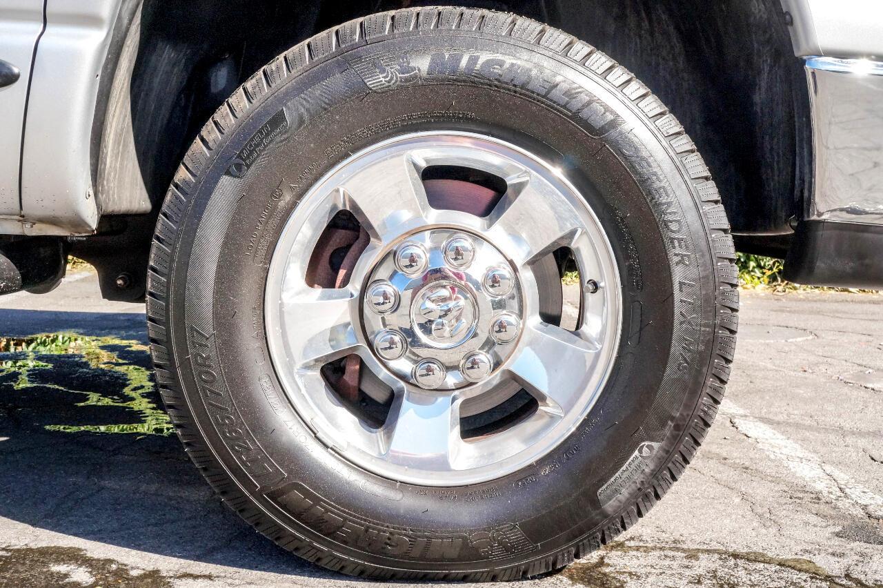 "Dodge Ram 3500 4dr Quad Cab 160.5"" WB DRW 4WD SLT 2005"