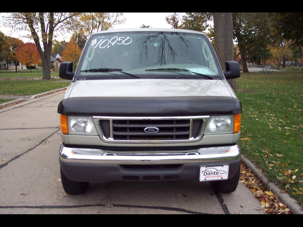 Ford Econoline Wagon E-350 Super Ext XLT 2005