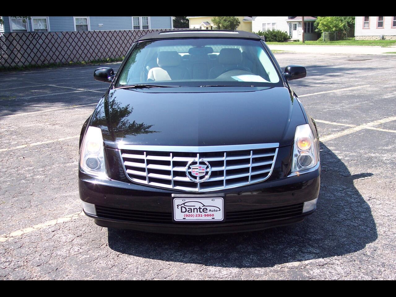 Cadillac DTS 4dr Sdn Luxury I 2007
