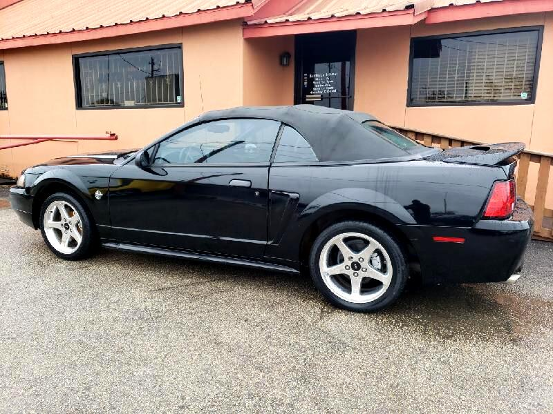 Ford Mustang GT Convertible  1999