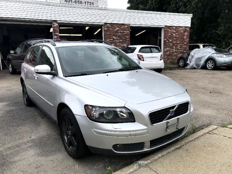 2007 Volvo V50 4dr Wgn 2.5L Turbo MT AWD
