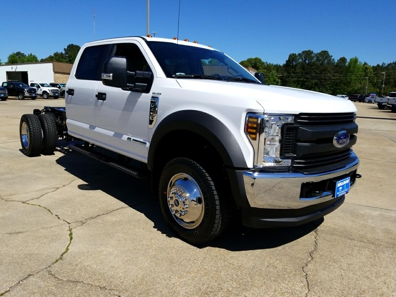 "2018 Ford Super Duty F-450 DRW XL 4WD Crew Cab 179"" WB 60"" CA"
