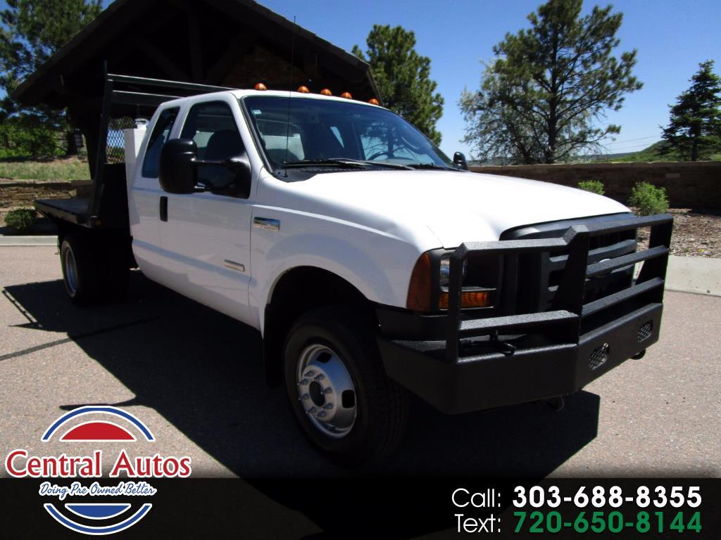 "2006 Ford Super Duty F-350 DRW SuperCab 162"" WB 60"" CA XL 4WD"
