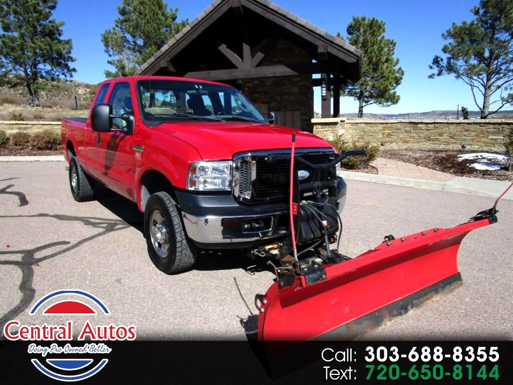 """2006 Ford Super Duty F-250 Supercab 142"""" Lariat 4WD"""
