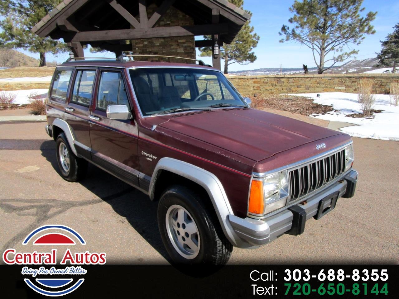 1992 Jeep Cherokee 4dr Wagon Laredo 4WD
