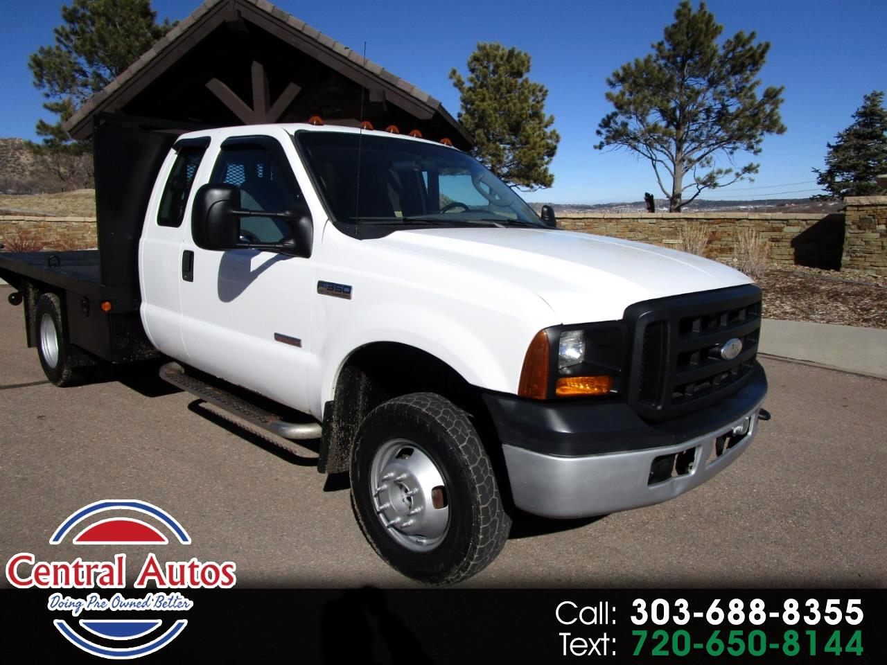 "2006 Ford Super Duty F-350 DRW SuperCab 162"" WB XL 4WD"