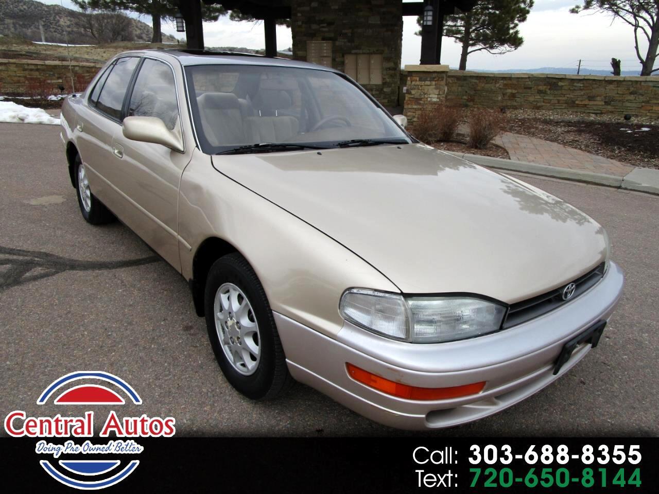 1994 Toyota Camry 4dr Sedan XLE Auto