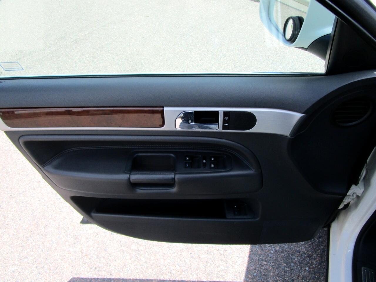 2010 Volkswagen Touareg 4dr V6 TDI