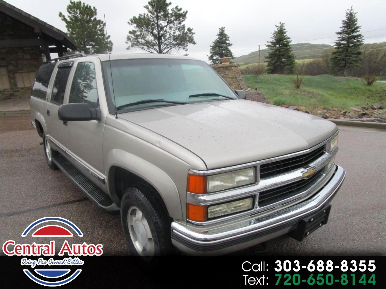 1999 Chevrolet Suburban 1500 4wd LT
