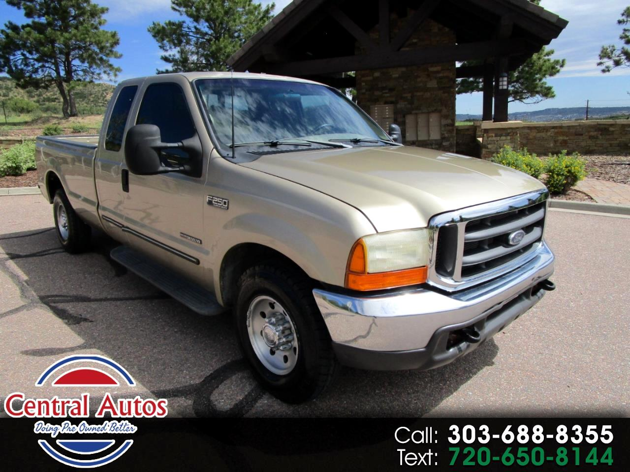 2000 Ford Super Duty F-250 Supercab 142