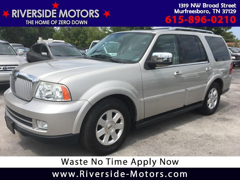2005 Lincoln Navigator Luxury 2WD