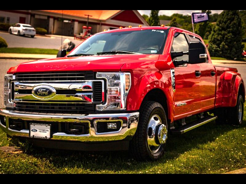 2018 Ford F-350 SD XLT Crew Cab Long Bed DRW 2WD