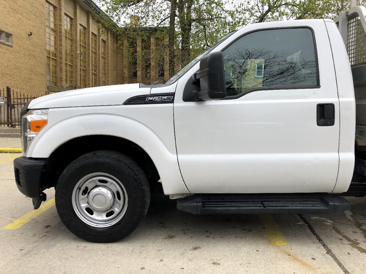 2013 Ford Super Duty F-250 SRW 2WD Reg Cab 137