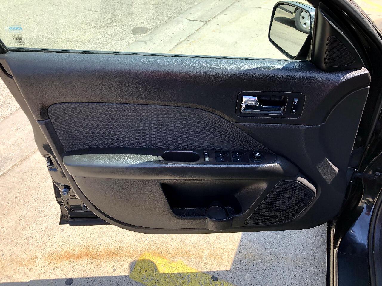 Ford Fusion 4dr Sdn SE FWD 2010