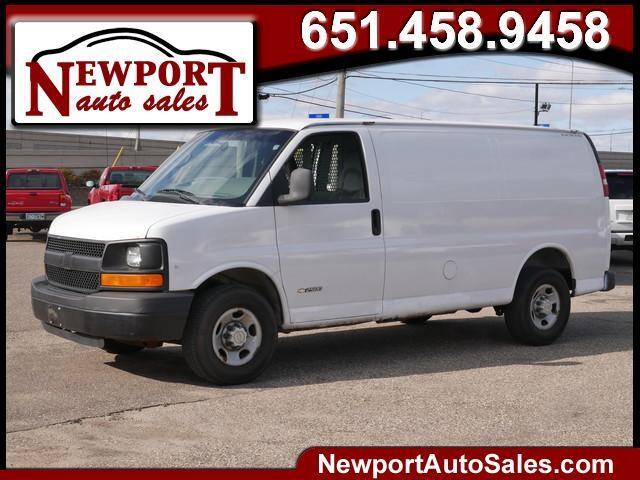 "Chevrolet Express 2500 135"" WB RWD 2006"