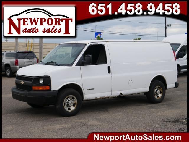 2005 Chevrolet Express 3500 135