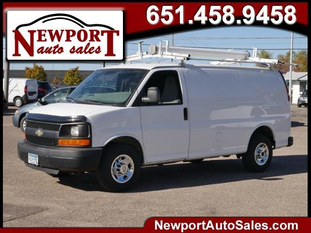 "Chevrolet Express RWD 2500 135"" 2010"