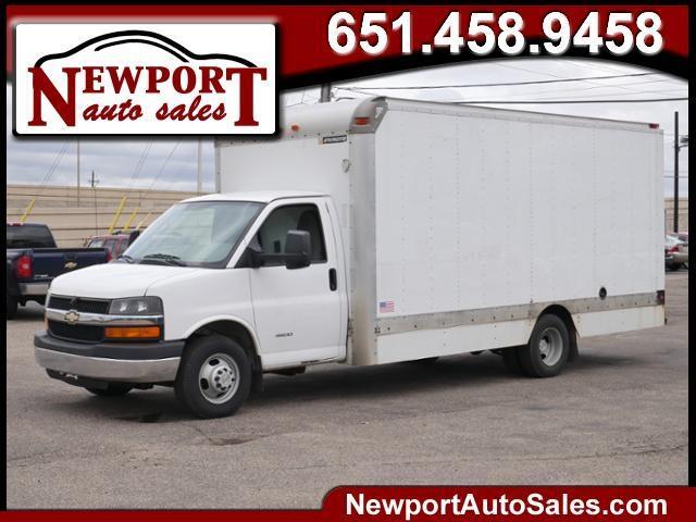 "2011 Chevrolet Express Commercial Cutaway RWD 4500 159"" WB 2WT"